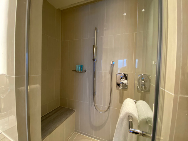 ハレクラニ沖縄 シャワールーム